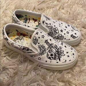 Van's Slip On U-Color Tattoo Skate Shoe